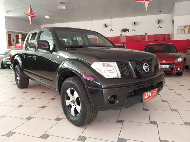 Nissan Frontier XE 4X4 CD 2.5 2013